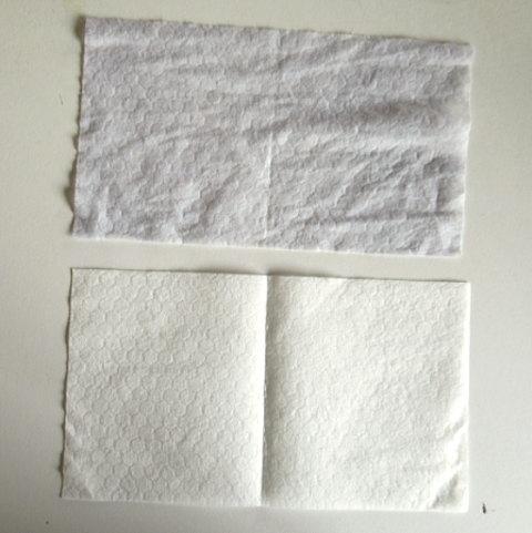 洗濯前と洗濯後のシートの色を比較