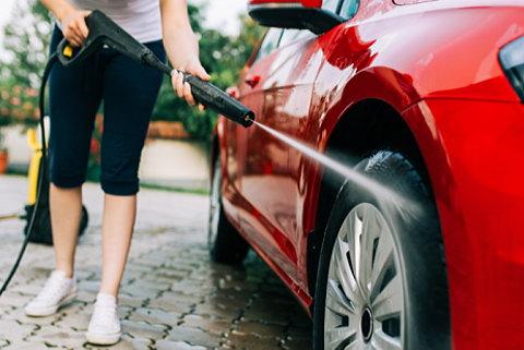 ケルヒャー高圧洗浄機で車を洗いたい!