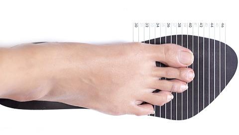 自分の足にフィットする靴のサイズは?