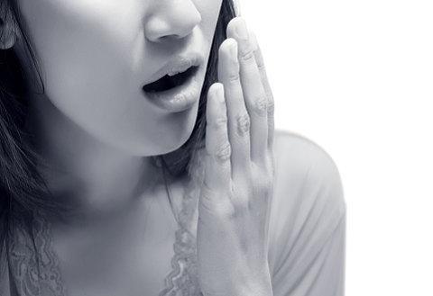 自分の口臭を確認する方法を探してみました