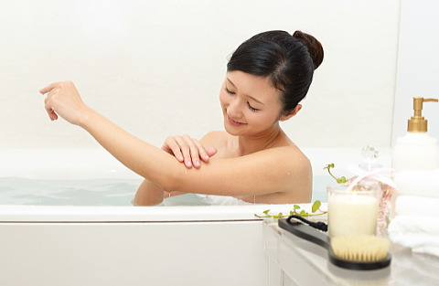 お風呂に入るだけでお肌すべすべ!キレイな肌になれるなら超うれしい!