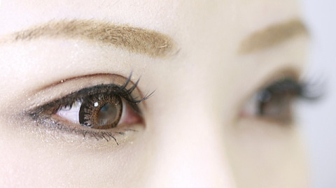 眼に優しい安心安全なカラコンってあるの?
