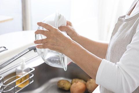 水切りかごの代用品を探すのは、洗ってすぐ食器を拭いて片付る習慣がついてからが正解?)