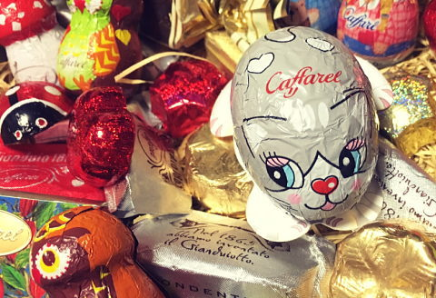 バレンタインに通販で自分用に購入したカフャレルの可愛い猫型包装チョコ