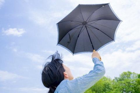 日焼けしない日傘の上手な使い方とは?