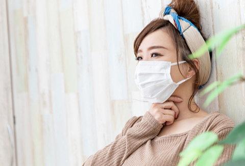 朝起きると喉が痛い(毎日)… 外れない、息苦しくないマスクは?