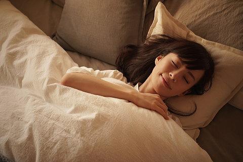 寝るときブラしない方がいいって思ってる女性も多いのかも?